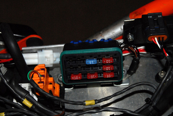 supermegacrazy 690 build th page 11 adventure rider nice waterproof relay s for the essentials